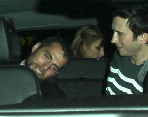 cavill hilton 2 Paris Hilton e Henry Cavill sono una coppia?