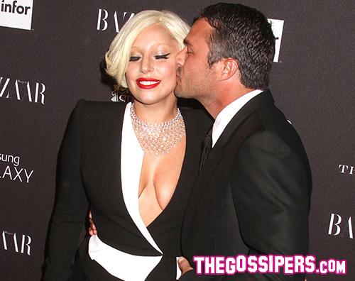 Lady Gaga Taylor Kinney Lady Gaga e Taylor Kinney sono fidanzati
