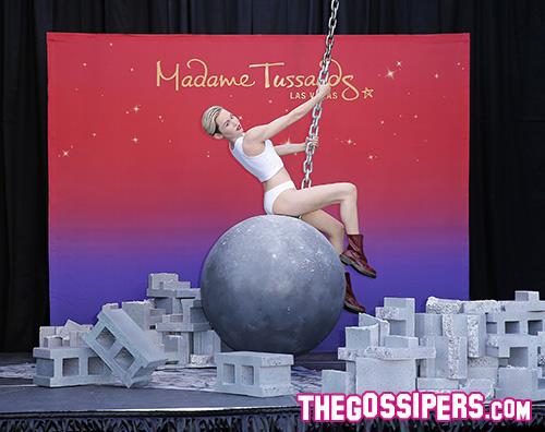 Miley Cyrus 2 Miley Cyrus, da Wrecking Ball al Madame Tussaud