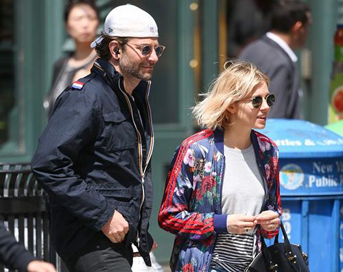 Bradley Sienna Ny Bradley Copper e Sienna Miller, due amici a NY