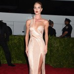 rosie huntington whiteley 150x150 Met Gala 2015: tutti i look sul red carpet