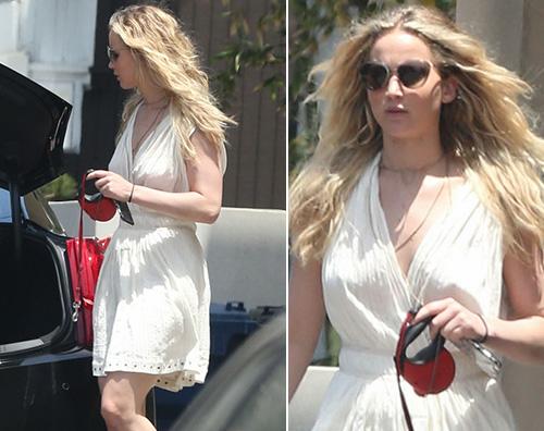 Jennifer Lawrence1 Jennifer Lawrence a Malibù senza Chris