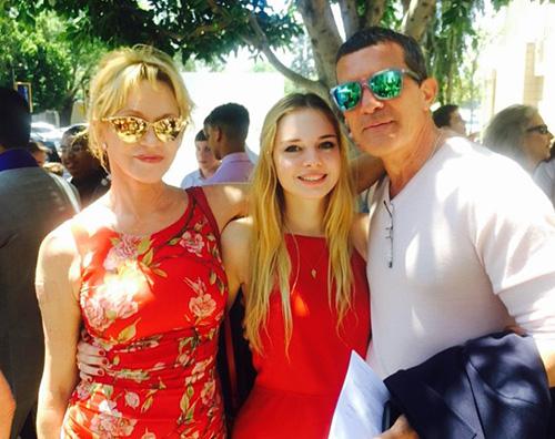 Melanie Griffith Antonio Banderas Melanie Griffith e Antonio Banderas firmano le carte per il divorzio
