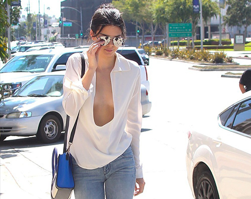 Kendall Jenner Kendall Jenner tutta trasparenze ai British Fashion Awards