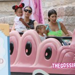 KimKourtneyNorthPenelope 150x150 Compleanno a Disneyland (anche) per Penelope Disick