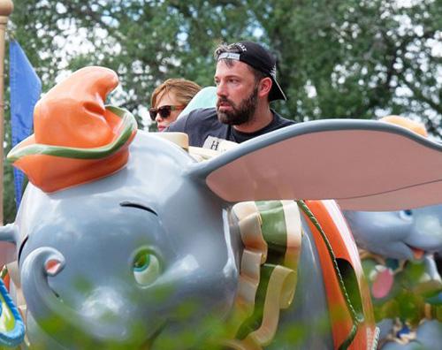 Bennifer 2 Ben Affleck e Jennifer Garner a Disneyland con i bambini