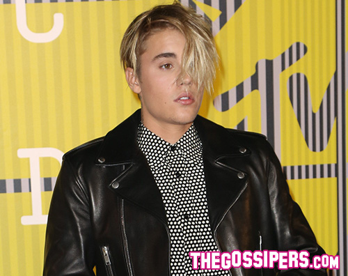 JustinBieber1 Justin Bieber rompe il silenzio sulle foto hot di Bora Bora