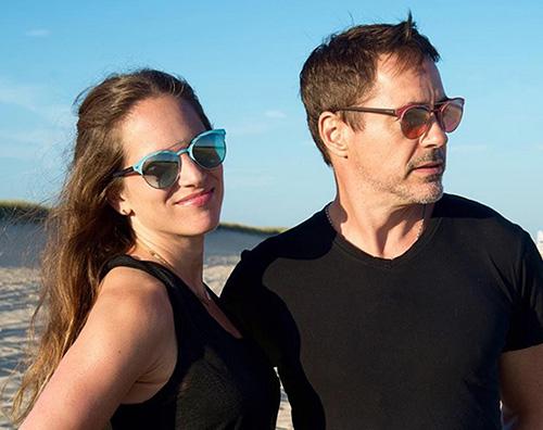 Robert Downey J Robert Downey Jr. festeggia l anniversario di matrimonio