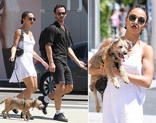 FKA Twigs FKA Twigs, passeggiata col cane