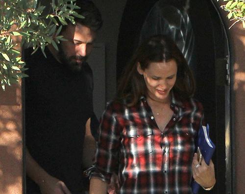 Jennifer e Ben Jennifer e Ben insieme e sorridenti a Santa Monica