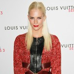 Poppy 150x150 Michelle Williams a Londra per la mostra Vuitton