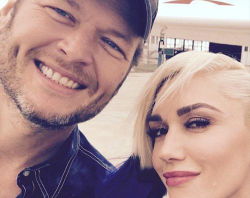 Gwen Blake Gwen Stefani, selfie di coppia con Blake Shelton