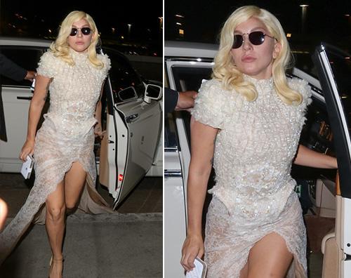 Lady Gaga Lady Gaga in abito da sera al LAX
