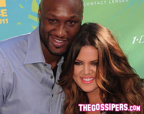 Lamar Odom Khloe Kardashian Khloe Kardashian, dopo il divorzio cancella il cognome Odom dalla carta d' identità