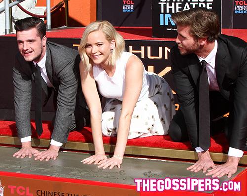 Liam Hemsworth Jennifer Lawrence Josh Hutcherson2 Le star di Hunger Games lasciano le loro impronte sul cemento
