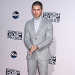 NickJonas 150x150 AMAs 2015 i look sul red carpet