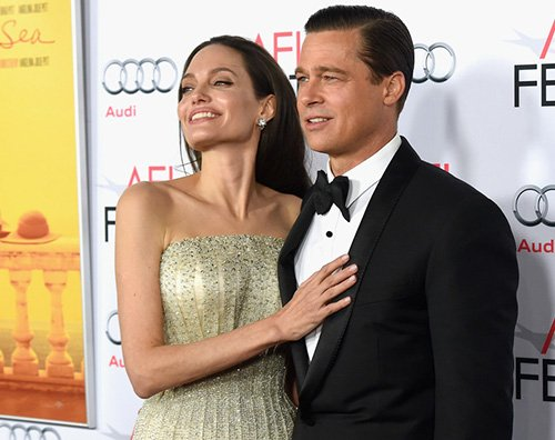 AngelinaJolie bradpitt Angelina Jolie rinuncia al cognome di Brad