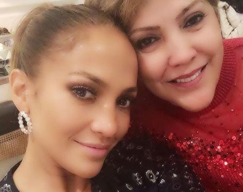 Jennifer Lopez Jennifer Lopez Buon Natale su Instagram