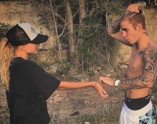 Justin Bieber1 Justin Bieber al mare con Hailey Baldwin