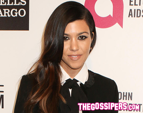 KourtneyKardashian Kourtney Kardashian e lo scatto hot con Kendall