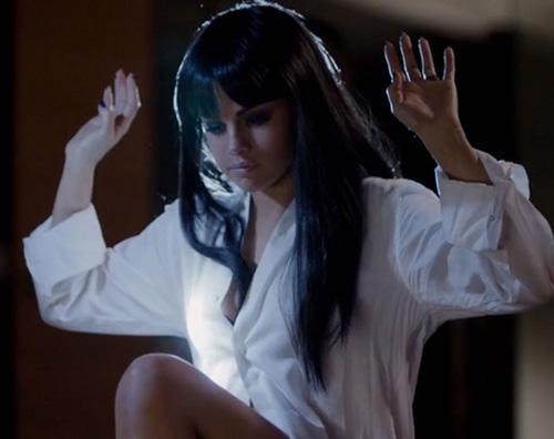 Slena Gomez 3 Selena Gomez è hot per Hands To Myself