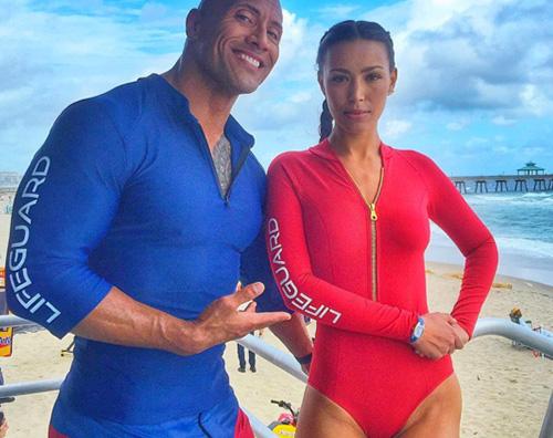 Baywatch 1 Dwayne Johnson su Instagram I Primi Look sul set di Baywatch