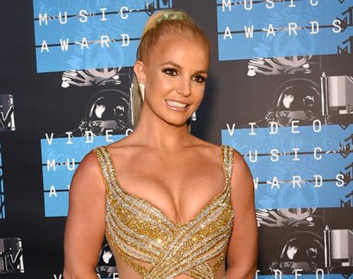 Britney Spears Britney Spears mostra i suoi tattoo allhenne