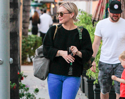 Hilary Duff 2 Hilary Duff e Mike Comrie a Beverly Hills con Luca