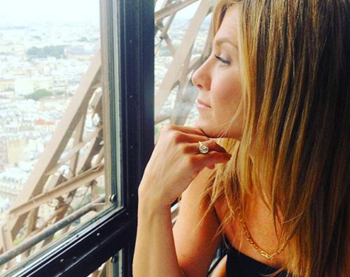 Jennifer Aniston Jennifer Aniston e Justin Theroux, San Valentino sulla Tour Eiffel