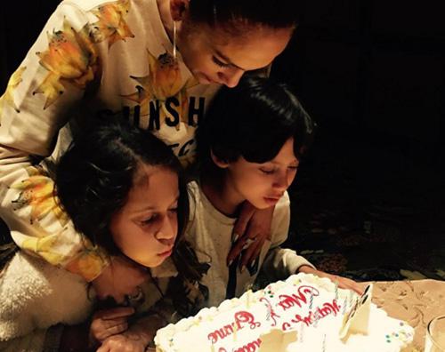 Jennifer Lopez Jennifer Lopez festeggia il compleanno di Emme e Max