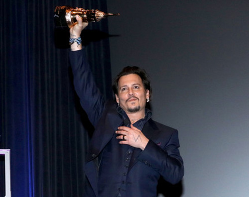 Johnny Depp 2 Johnny Depp arriva al Santa Barbara International Film Festival