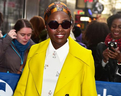 Lupita Lupita Nyongo in giallo a New York