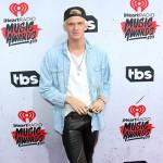 CodySimpson 150x150 IHeartRadio Music Awards 2016: il red carpet e la lista dei vincitori