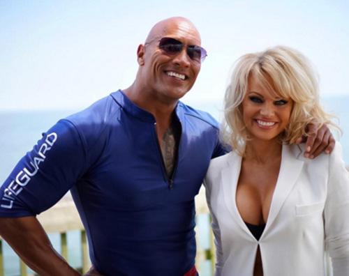 Dwayne Johnson Pamela Anderson cast Baywatch Pamela Anderson si è unita al cast di Baywatch