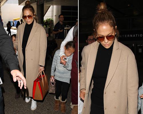 Jennifer lopez Jennifer Lopez viaggia con i suoi bambini