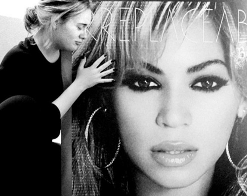 Adele Adele: Beyonce è la persona più stimolante con cui abbia lavorato