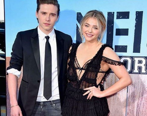 Chloe Moretz Brooklyn Beckham Chloe Moretz e Brooklyn Beckham, primo red carpet di coppia