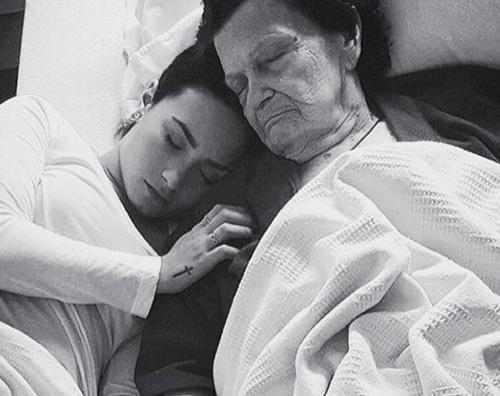 Demi Lovato 8 Demi Lovato ricorda la bisnonna morta su Instagram