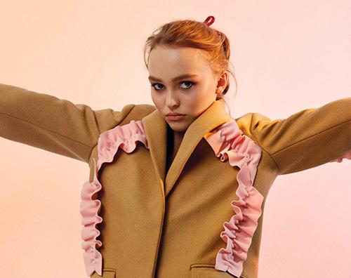 Lily Rose Depp 2 Lily Rose Depp parla del suo lavoro su V Magazine