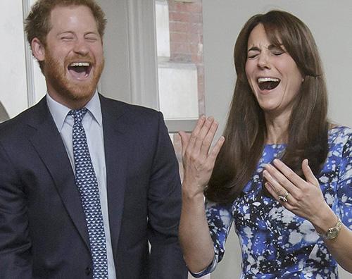 Kate Middleton Harry Kate Middleton ed il principe Harry troppo intimi?