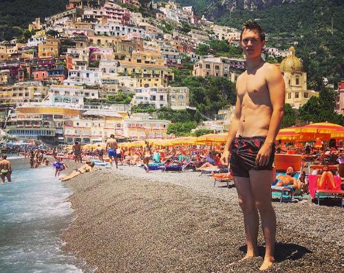 Ansel Elgort Positano Ansel Elgort, vacanze estive in Europa