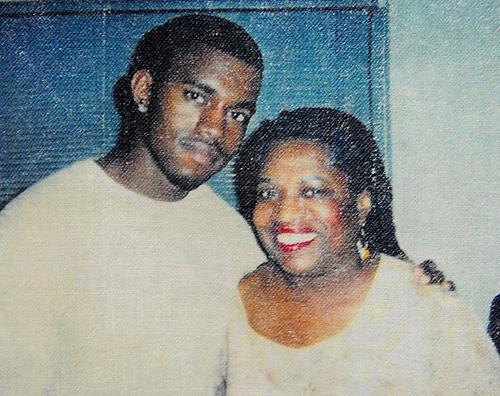Kanye West Kanye West ricorda mamma Donda nel giorno del suo compleanno
