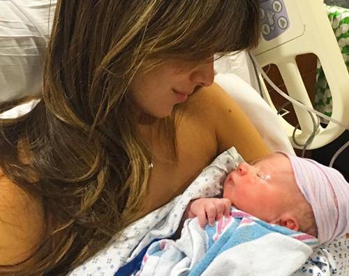 Hilaria Baldwin Alec Baldwin è diventato padre per la quarta volta