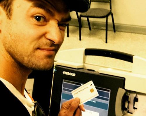 Justin Timberlake Justin Timberlake vola a Memphis per votare