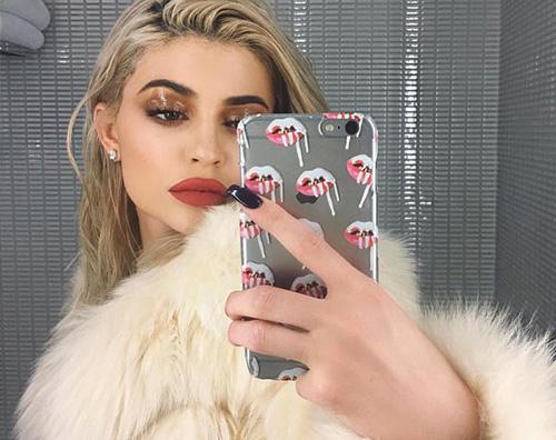 Kylie jENNER Kylie Jenner tra i teenager più influenti al mondo