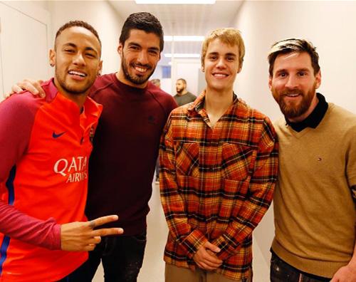 Justin Bieber 2 Justin Bieber si allena col Barcellona