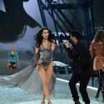 Bella Hadid 150x150 Gli angeli del Victorias Secret Fashion Show