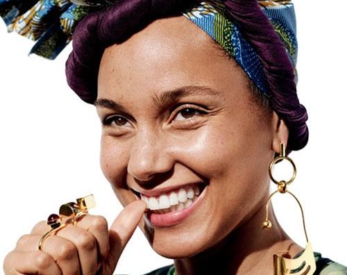 alicia Keys Alicia Keys senza trucco sulla cover di Allure