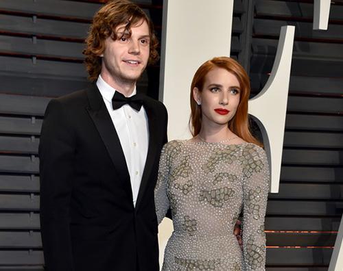 Emma Roberts Evan Peters 2 Emma Roberts ed Evan Peters, red carpet di coppia