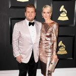 James Corden Julia Carey 150x150 Grammy Awards 2017, tutti i look sul red carpet